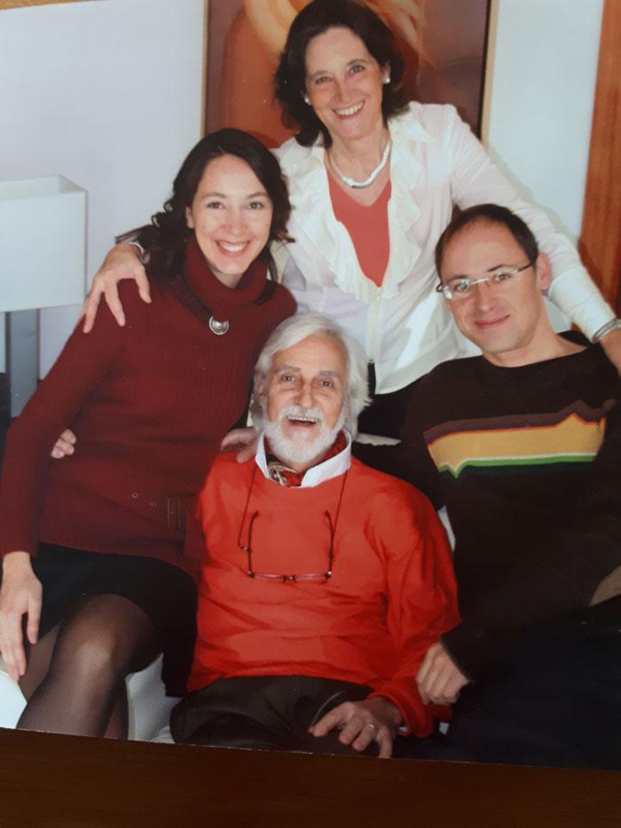 Andreu Martró i Mireia Català amb els seus fills Roger i Elisa.