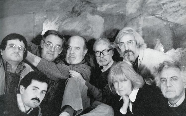 Equip de professors del Departament de Procediments Pictòrics i Tècniques Murals de Llotja, 1988. F. Navarro, J. Juan, F. Sabanés, J. Alumà, Ll. Navarro, A. Martró, J. Lleó i  T. Peris.